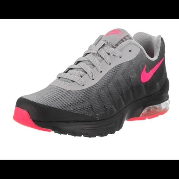 special section more photos best shoes Nike Air Max Invigor - PLEASE READ DESCRIPTION